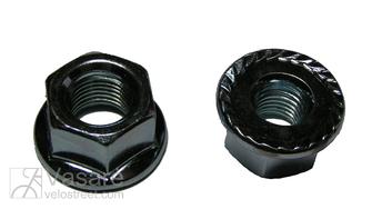 Axle nut 3x8''